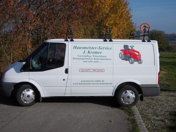 Fahrzeug des Hausmeister-Services J. Kromer in Konstanz